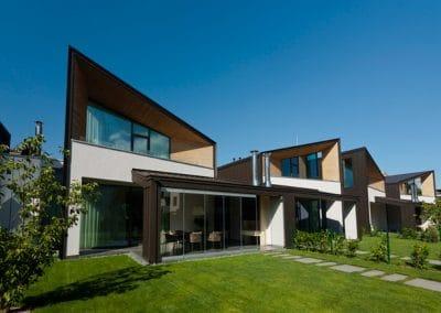 Дъбова обшивка по фасади с ширина 40 мм, качество Селект, омаслена, цвят Натурал