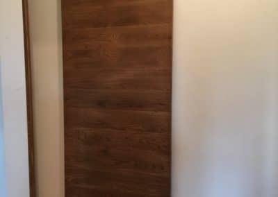 Ламелна плъзгаща врата тип оборска, омаслена в цвят Античен дъб