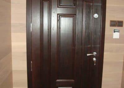 """Дъбова врата тип таблена, обработка лак цвят """"Тъмен махагон"""""""