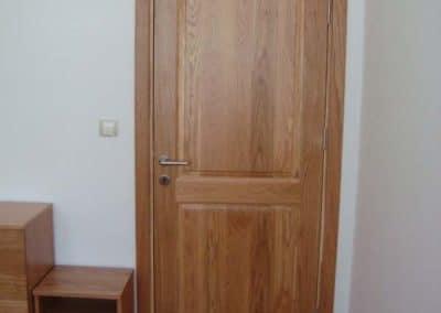Дъбова врата тип таблена, обработка прозрачен лак